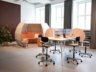 cabale-meeting_ray-chair_igloo