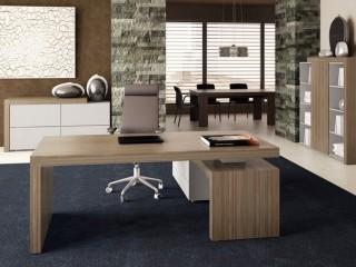 Free standing Desks
