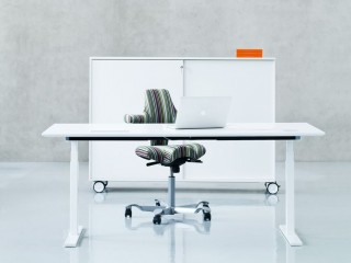 sit-stand-up-desk-height-adjustable-table-dublin-ireland